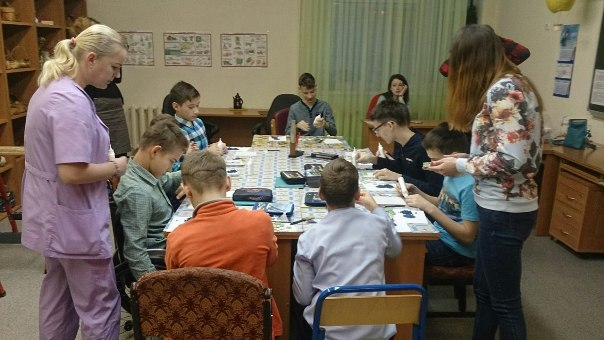 Студенты проводят мастер-класс